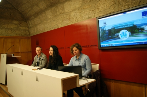 Presentación da web Revive Santiago